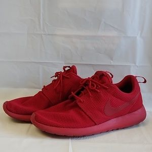 Nike Roshe One Varsity Red Running Shoes